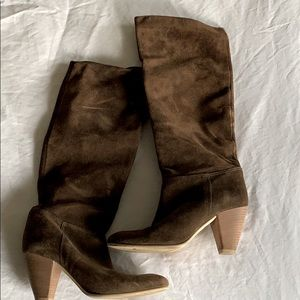 Gorgeous Italian suede pull-on boots sz 6.5